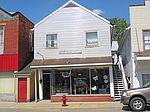 62 High St, Glouster, OH