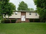 12356 Chestnut St NW, Canal Fulton, OH