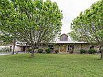 3592 Leroy Pkwy, West, TX