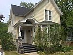 828 S Union St, Traverse City, MI