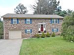 226 Grist Mill Dr, Beckley, WV