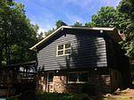 40 Lake Dr, Pocono Pines, PA