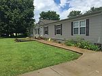 584 Meadows Rd, Morganfield, KY