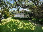 814 Lakeview Dr, Pascagoula, MS