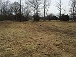 2753 Dick Farmer Rd, Cedar Hill, TN