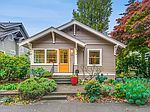 7015 Sycamore Ave NW, Seattle, WA