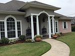 205 Country Club Dr, Picayune, MS