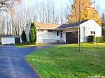 446 Trimmer Rd, Spencerport, NY