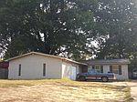 2944 S Perkins Rd, Memphis, TN
