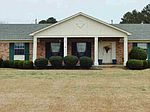 912 Highway 16 W, Carthage, MS