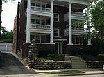 4310 Oak St APT 1N, Kansas City, MO