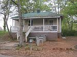 107 Moores Hl, Lagrange, GA