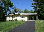 490 County Line Rd, Hopewell, OH
