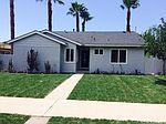 9425 Hayvenhurst Ave, North Hills, CA