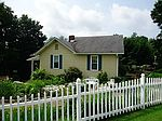 601 Lowe St, Youngwood, PA