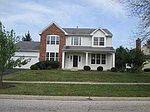 563 Heritage Dr, Lindenhurst, IL