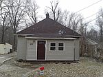 2371 W Highland Ave, West Terre Haute, IN