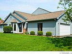 19 Shanbrook Dr, Rochester, NY