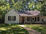 506 Colonial Dr, Henderson, TX