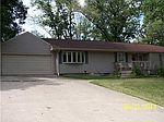 3057 Woods Dr , Springfield, OH 45506