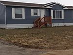 490 2nd St SW, Belfield, ND