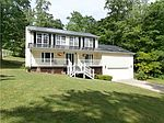2905 Greenview Rd, South Charleston, WV