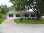 803 Locke Ct, Nappanee, IN