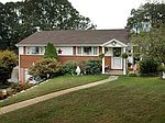 11130 Bluebird Dr, North Huntingdon, PA