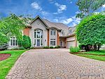8236 Greystone Ct, Burr Ridge, IL