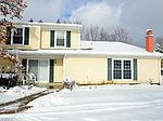 9899 Independence Dr # 5D, North Royalton, OH