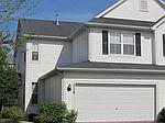 318 Fairmont Ct, Saint Charles, IL