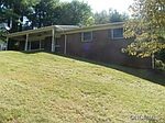 9 Fox Chase Rd, Asheville, NC