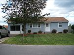 24 Wilbert Dr, North Syracuse, NY
