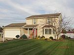 210 Brooke Ln, Millersburg, IN