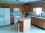 1560 Whisler Dr, Greenfield, IN
