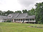 138 Cool Ln, Shady Spring, WV