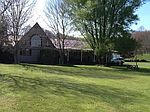 143 Smokey Ln, Smoot, WV
