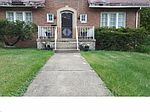 290 Storer Ave, Akron, OH