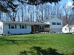 13118 Marilyn Dr, Chesterland, OH