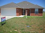 407 Choctaw Ave, Geronimo, OK