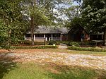 39 Freeman Rd, Richton, MS