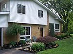 7290 Brooklane Rd, Chesterland, OH