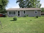 206 S Sycamore Dr, Hanover, IN