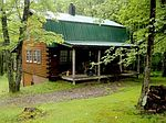 111 Atkins Dr, Russell, PA