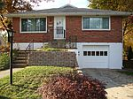 1805 New Hope St, Norristown, PA