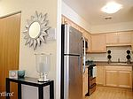 303 W Coventry Ct, Milwaukee, WI