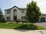 1 12 Lakes Ct, Lake In The Hills, IL