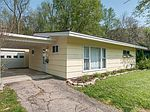 102 Lower Hillside Dr, Bellbrook, OH