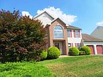 403 Augusta Dr E, Sinking Spring, PA