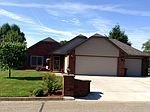 204 Fairway Dr, Beverly, OH